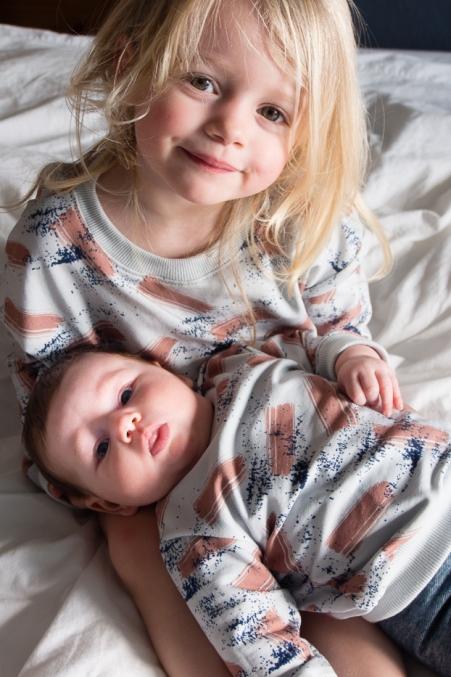 sister sweater twinning